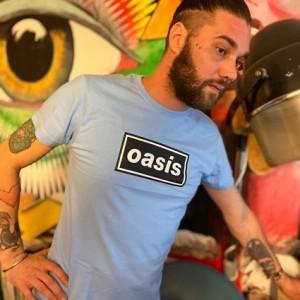 Camiseta Oasis