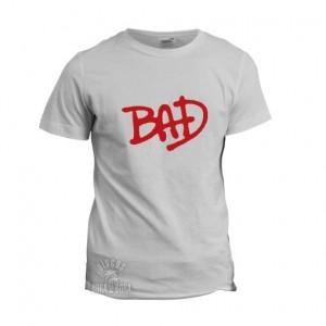 Camiseta Bad