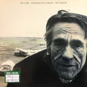 Standing on a beach · The singles Lp Segunda mano